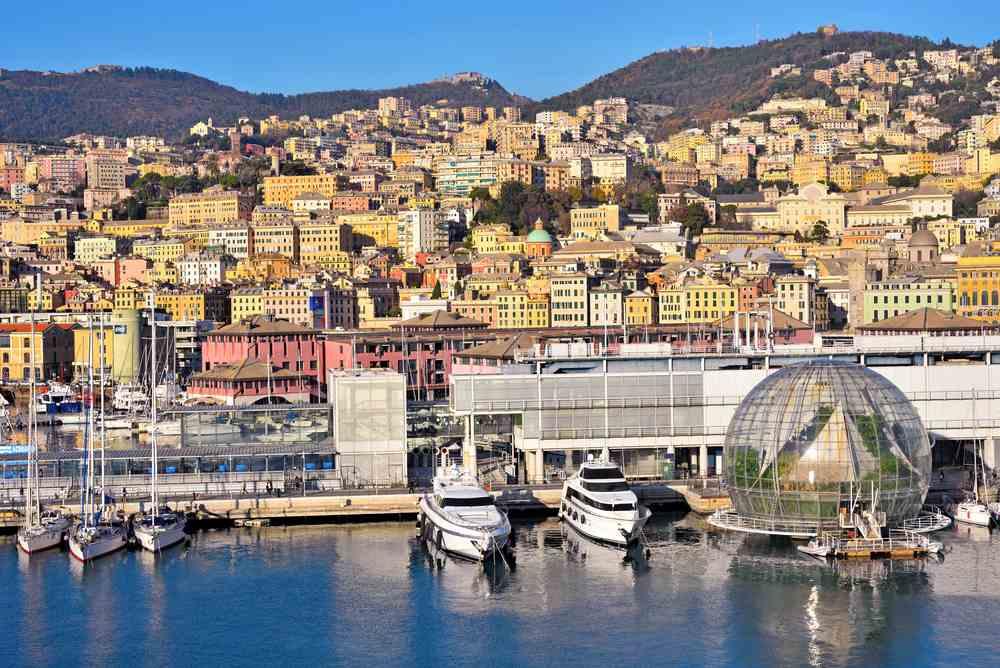 Genova tra porto antico e i palazzi dei rolli viaggianza for Palazzi davvero grandi