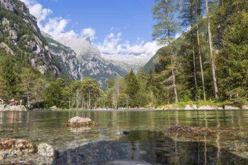 Val di Mello: natura, buon cibo ed escursionismo