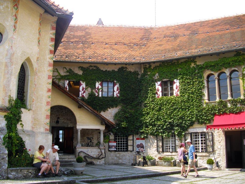 interni castello di bled