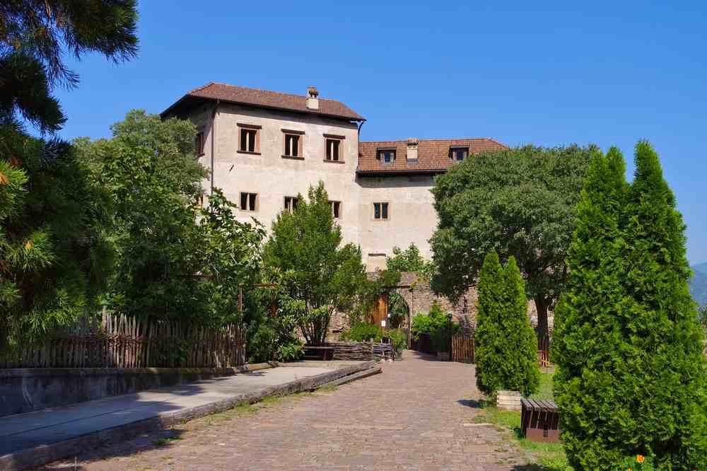 Castello di Flavon