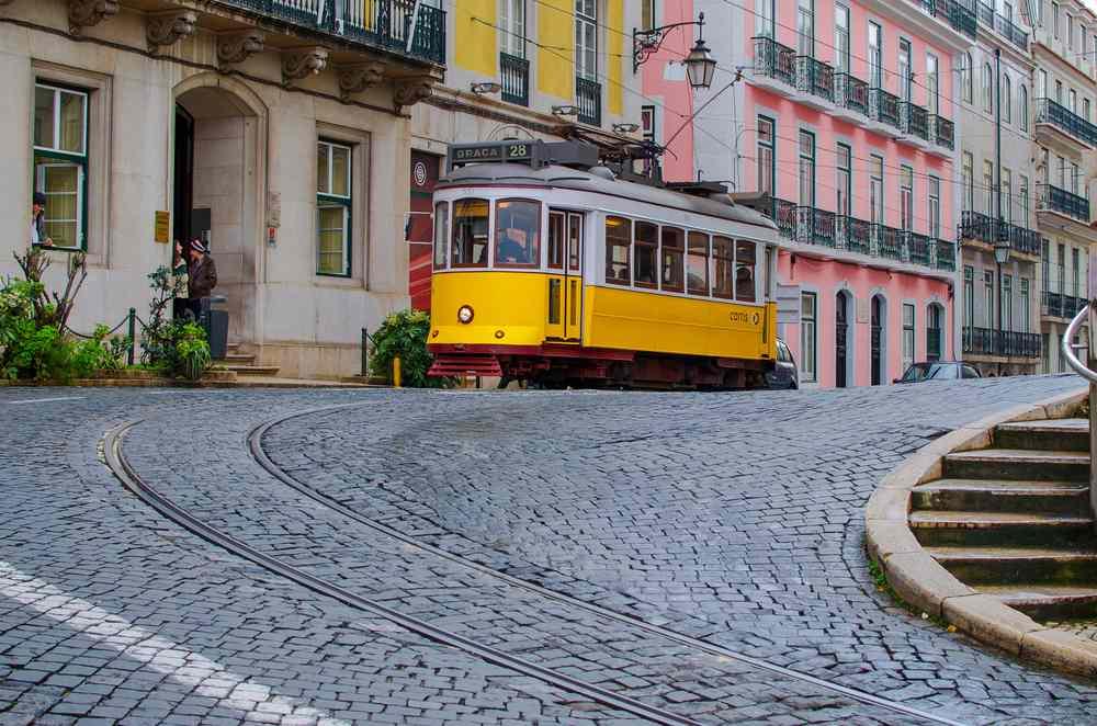Lisbona tram 28