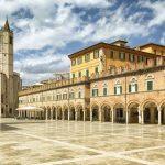 piazza Ascoli