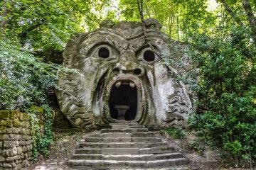 Bomarzo, un' escursione nella Tuscia incantata