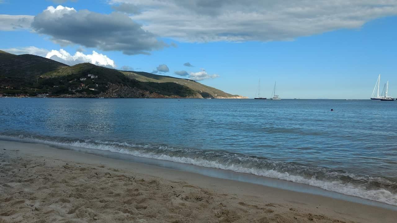 Ilsola D'Elba spiaggia