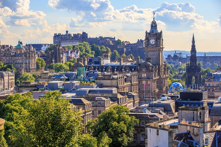 Edimburgo vista montagna