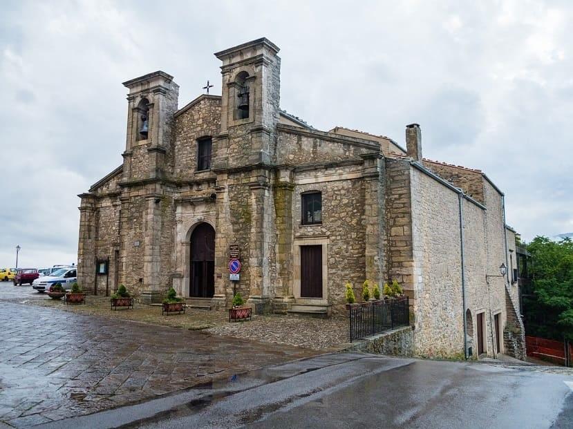 Gangi Chiesa
