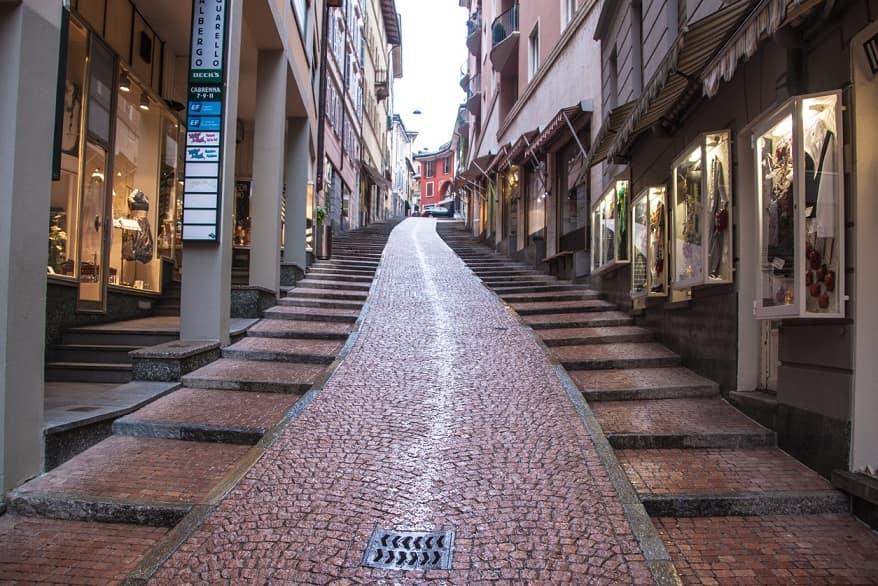 Lugano via centrale