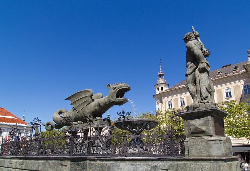 Klagenfurt statua del drago