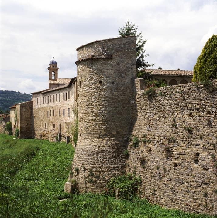 Bevagna mura borgo