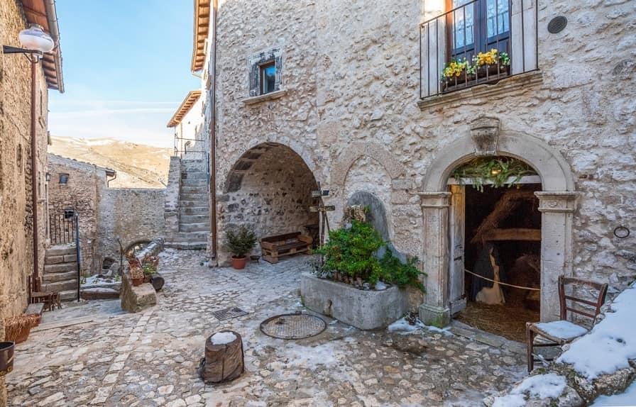 Santo Stefano di Sessanio borgo
